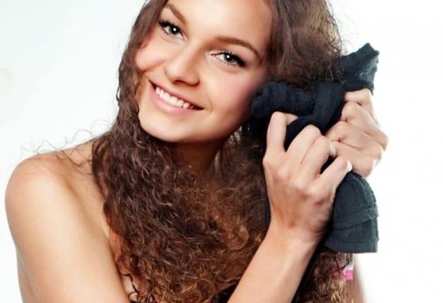mitos verdades foto2 - 20 mitos e verdades sobre o cabelo cacheado - Parte 1