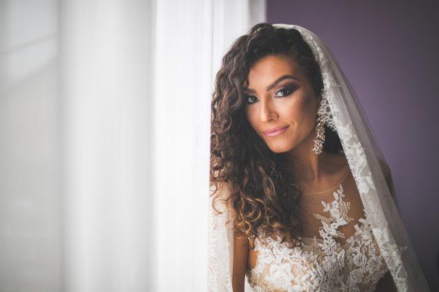 Penteados para noiva: penteados com tranças, coque e cachos