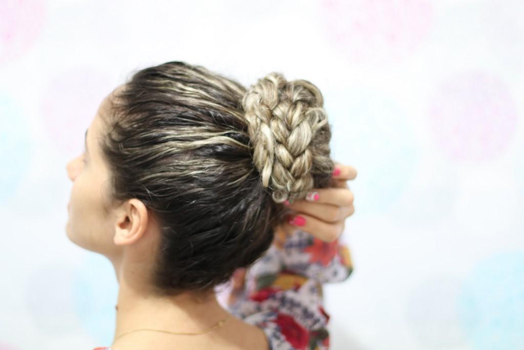 coque com trança - Trancinhas no cabelo: 6 modelos, passo a passo e dicas