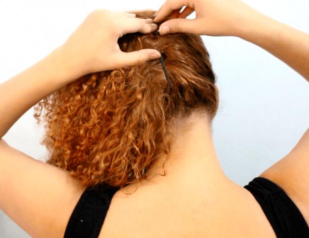 b 3 1 630x486 - Penteado fácil e rápido para cabelos cacheados