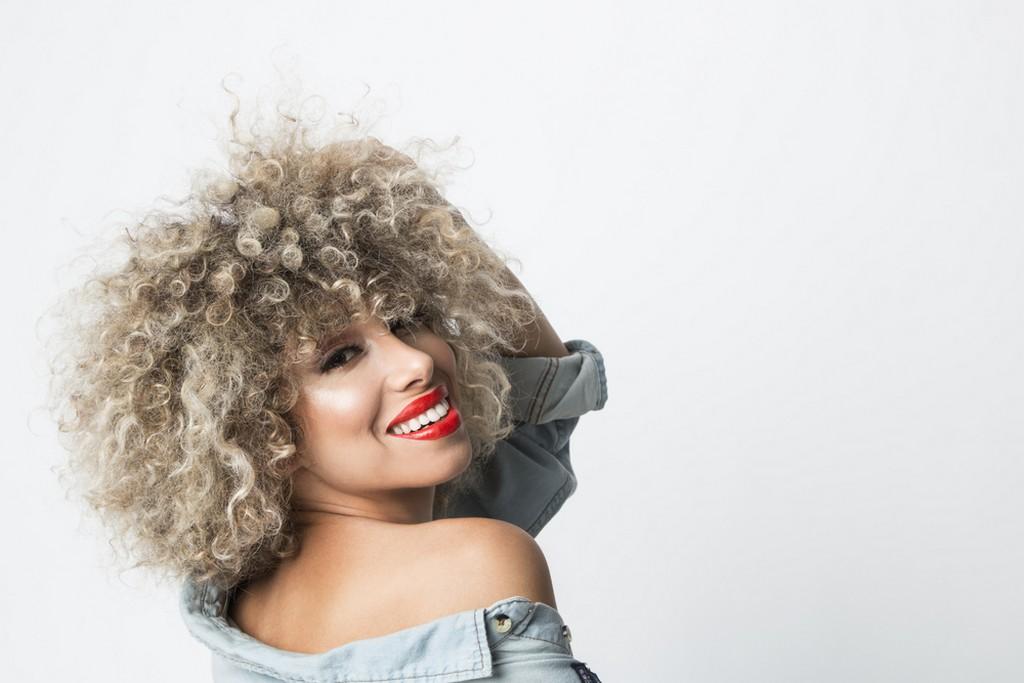cabelo descolorido - Cabelo descolorido: como cuidar do cabelo descolorido em casa