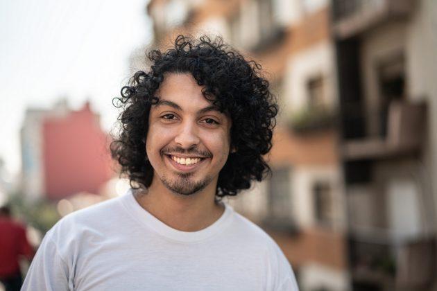 iStock 1022828066 630x420 - Nomes de cortes de cabelo masculino: Ideias de cortes para 2019