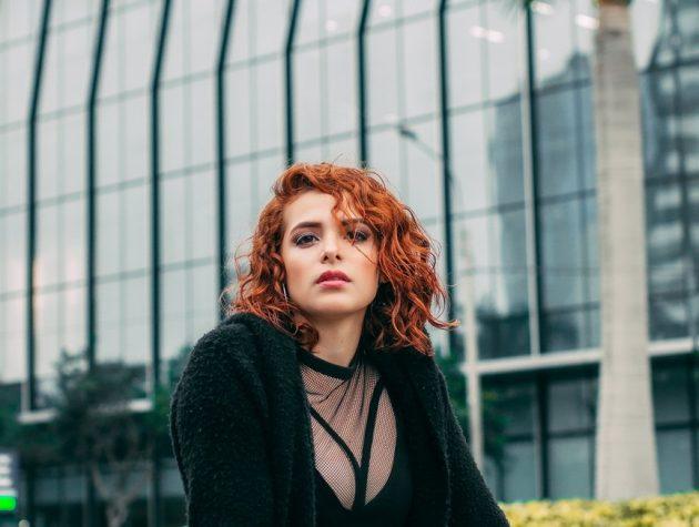 christian ferrer 800411 unsplash 630x475 - Cabelo curto feminino: tendências de cabelo curto para 2019
