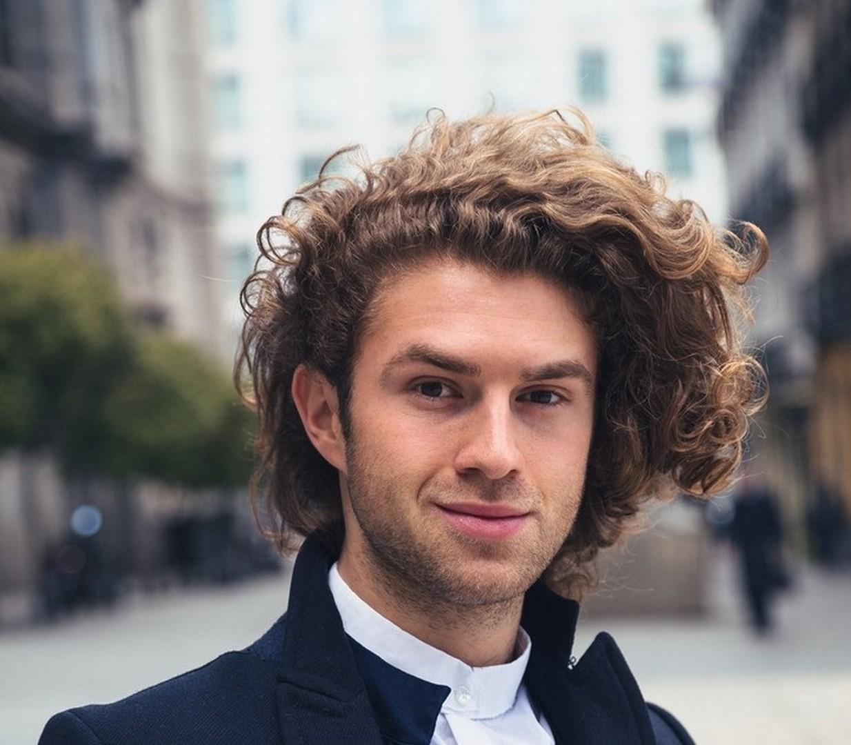 iStock 524895050 - Cortes de cabelo masculino: Dicas de cortes para apostar sem medo