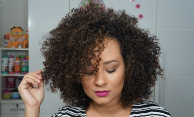 Volume aos cabelos finos