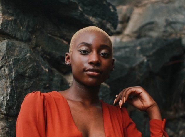 ron mcclenny 1113841 unsplash 630x466 - Cabelo curto feminino: tendências de cabelo curto para 2019