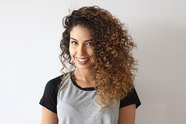 cortes para cabelos longos 9 630x420 - Cortes para cabelos longos: melhores opções para cacheadas e crespas