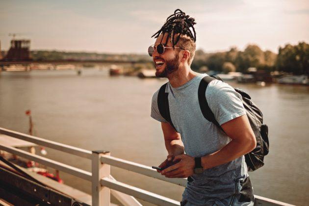 penteados masculinos 11 630x420 - Penteados masculinos: dicas e inspirações de penteados para cabelos longos, médios ou curtos