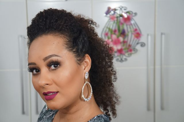 imagem  Sarah trindade PenteadoFalsoMoicano 8 - Falso moicano: penteado para cacheadas e crespas