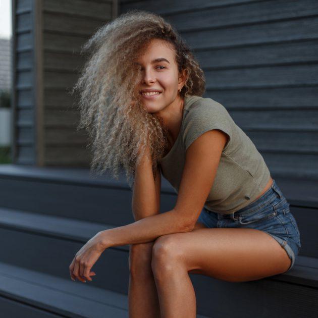 OK 630x630 - Cabelo cinza: como aderir a tendência granny hair
