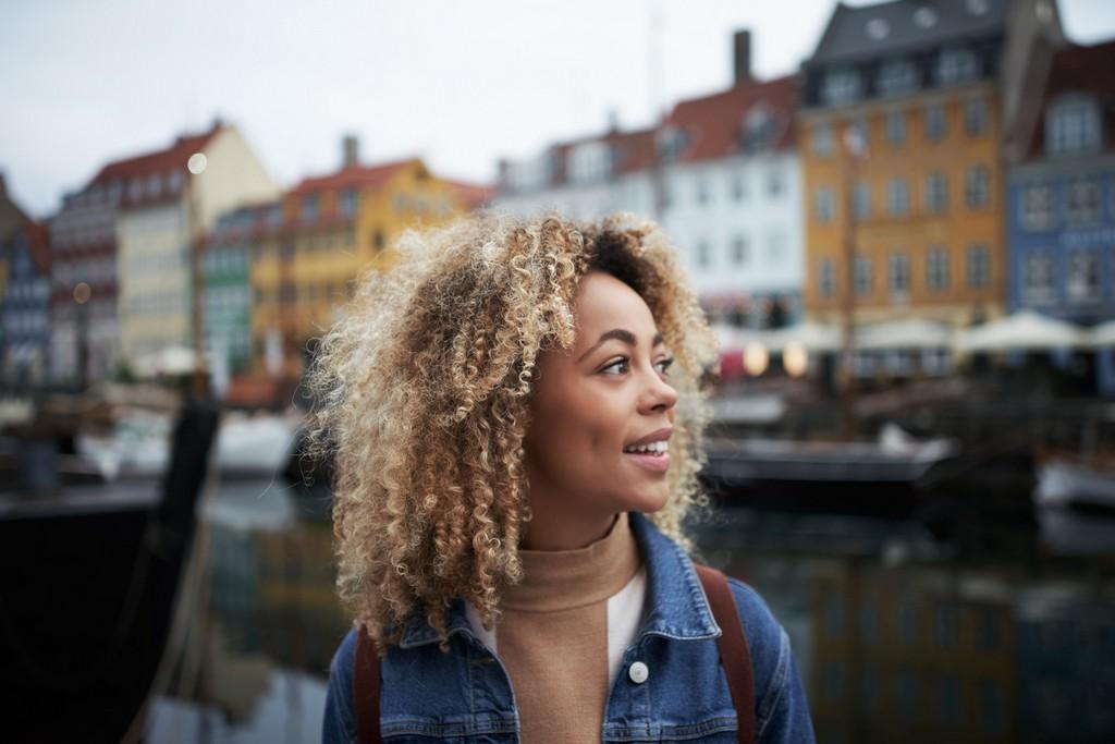 Cabelo curto loiro: 20 inspirações e dicas para conseguir o visual perfeito e saudável