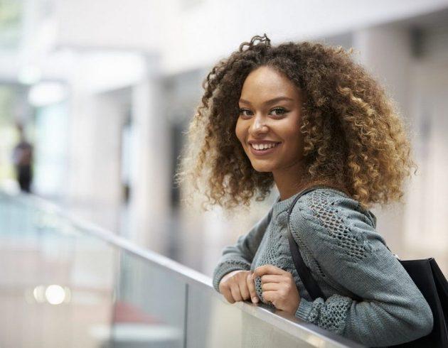 cabelo curto loiro5 630x490 - Cabelo curto loiro: 20 inspirações e dicas para conseguir o visual perfeito e saudável