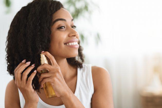 nutricao capilar para cacheadas e crespas 630x420 - Manual da nutrição capilar: aprenda tudo sobre este cuidado essencial para o cabelo cacheado e crespo