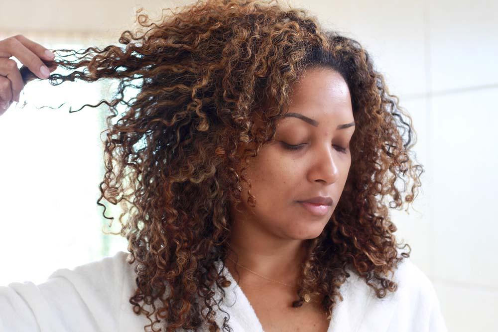 Como hidratar o cabelo: dicas para fazer hidratação em casa