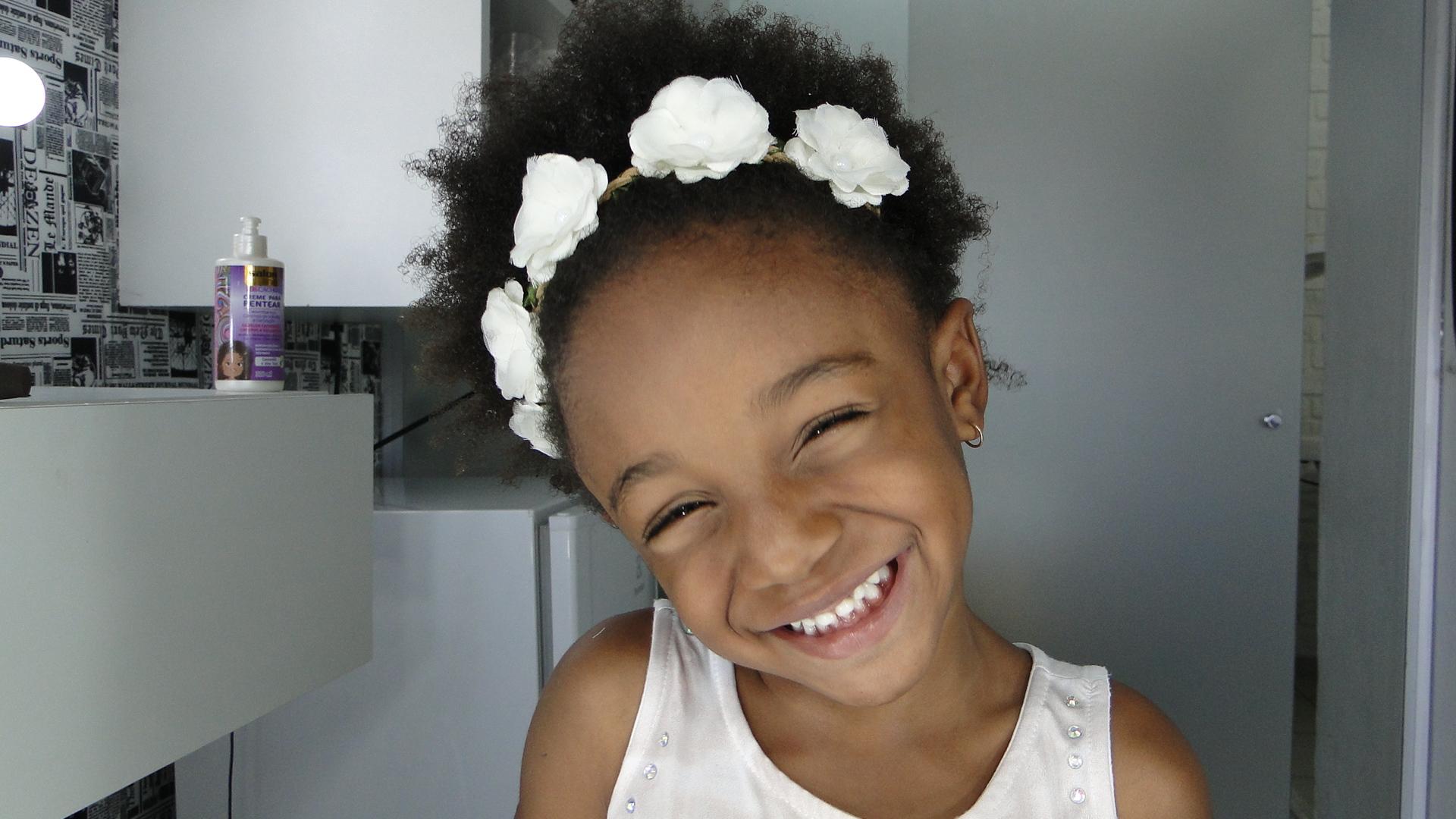 Penteado Infantil para cabelos cacheados e crespos