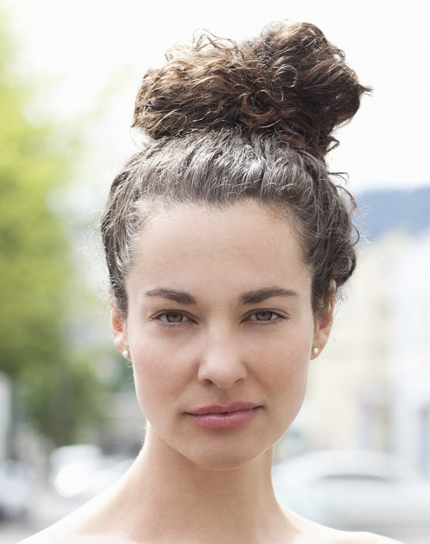 penteados para cabelos cacheados para festa7 - Penteados para cabelos cacheados para festa: Escolha o seu preferido e arrase