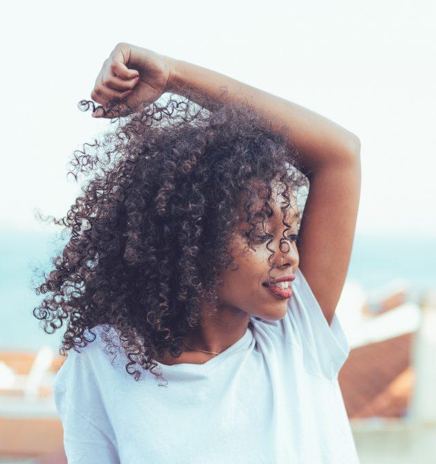 iStock 879402306 630x671 - Dicas de beleza: dicas e truques para ter cabelos perfeitos
