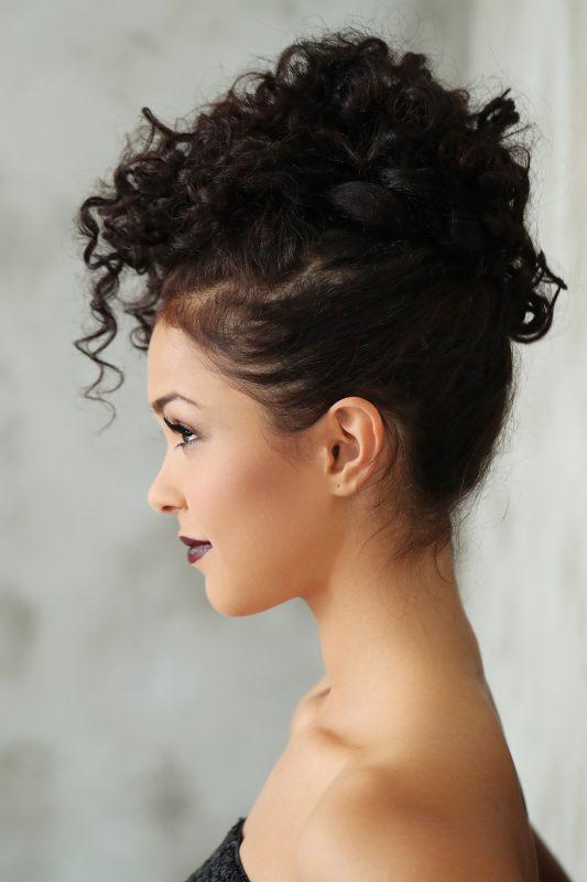 Coque abacaxi 02 533x800 - Penteados para cabelos: 60 inspirações de penteados lindos