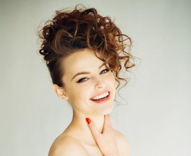 Penteados para Casamento Madrinhas 22 630x513 - Penteados para casamento madrinhas: 60 penteados incríveis para 2018
