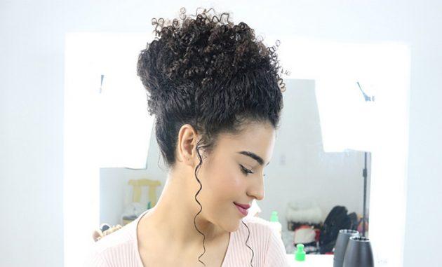 Coque alto com topete 630x381 - Topete: dicas e tutoriais de penteados com topete para homens e mulheres