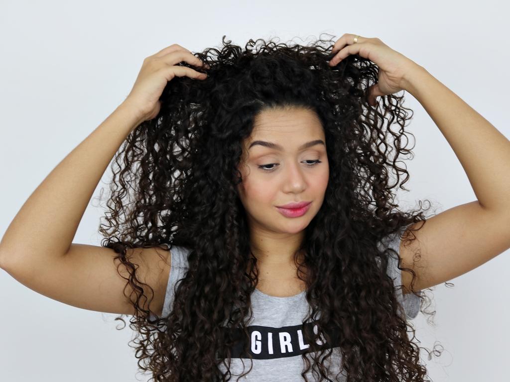 Penteados para cabelos longos: 3 opções fáceis de fazer