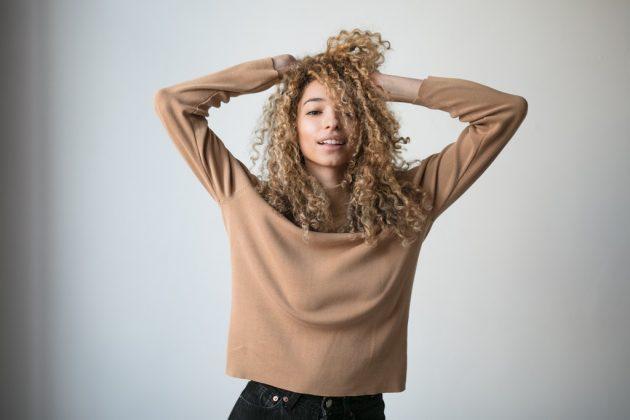 corte de cabelo para rosto oval 7 630x420 - Corte de cabelo para rosto oval: inspirações de cortes perfeitos para rostos ovalados