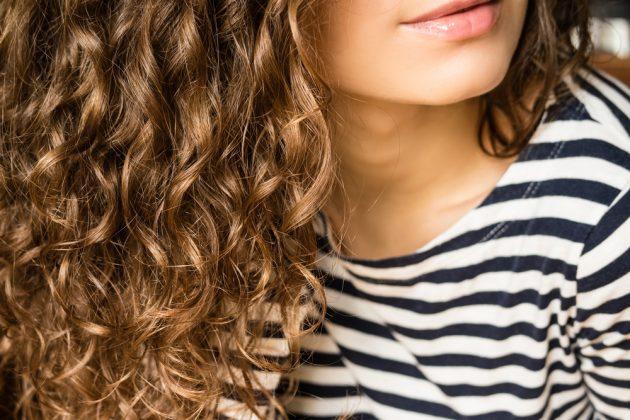 Óleo de rícino: como usar para ter cabelos nutridos e com brilho
