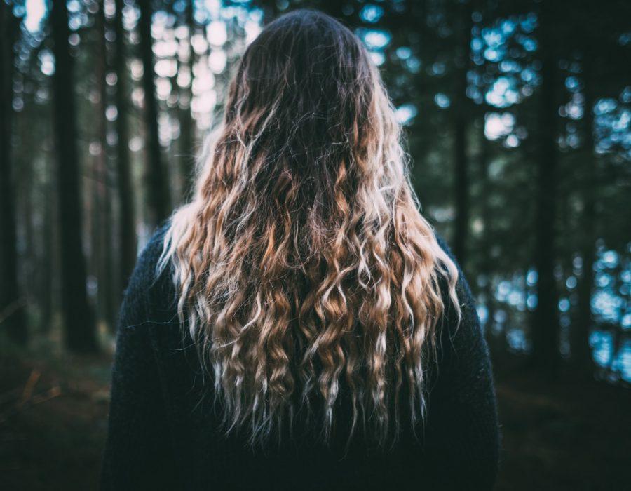 CabeloOmbreHair5 Unsplash 900x700 - Cabelo ombré hair: 40 fotos, dicas de cuidados e técnicas para ombré hair
