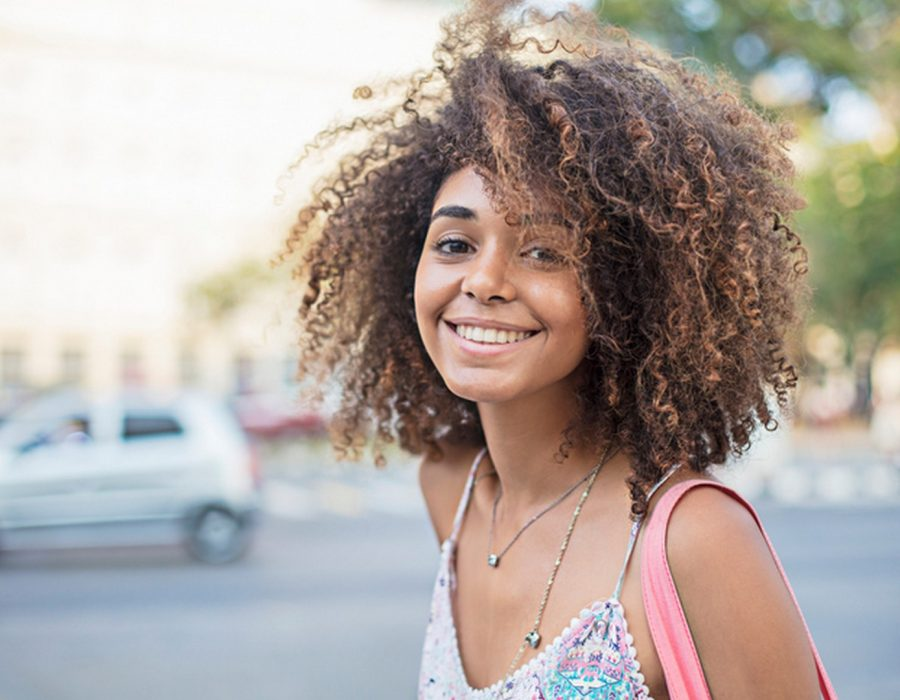 CabeloOmbreHair57 Unsplash 900x700 - Cabelo ombré hair: 40 fotos, dicas de cuidados e técnicas para ombré hair