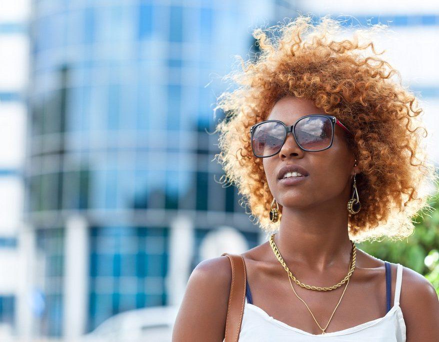 Cabelo curto loiro: 27 inspirações e dicas para conseguir o visual perfeito e saudável