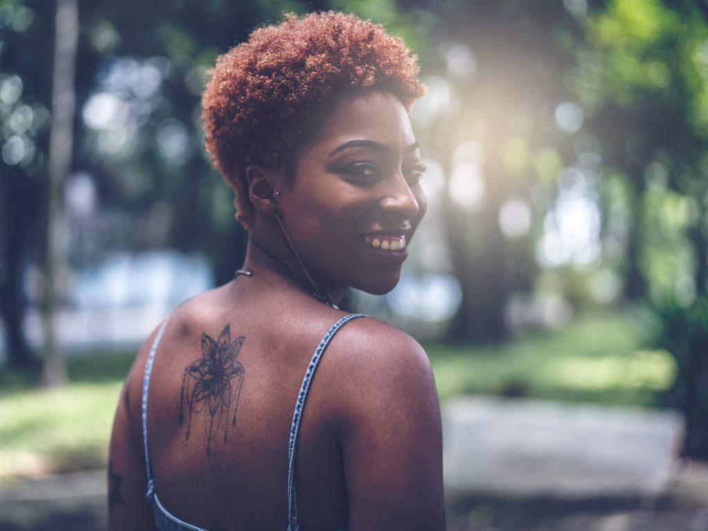 cabelo raspado do lado8 1024x768 - Cabelo raspado do lado: 15 inspirações para você apostar no modelo ideal