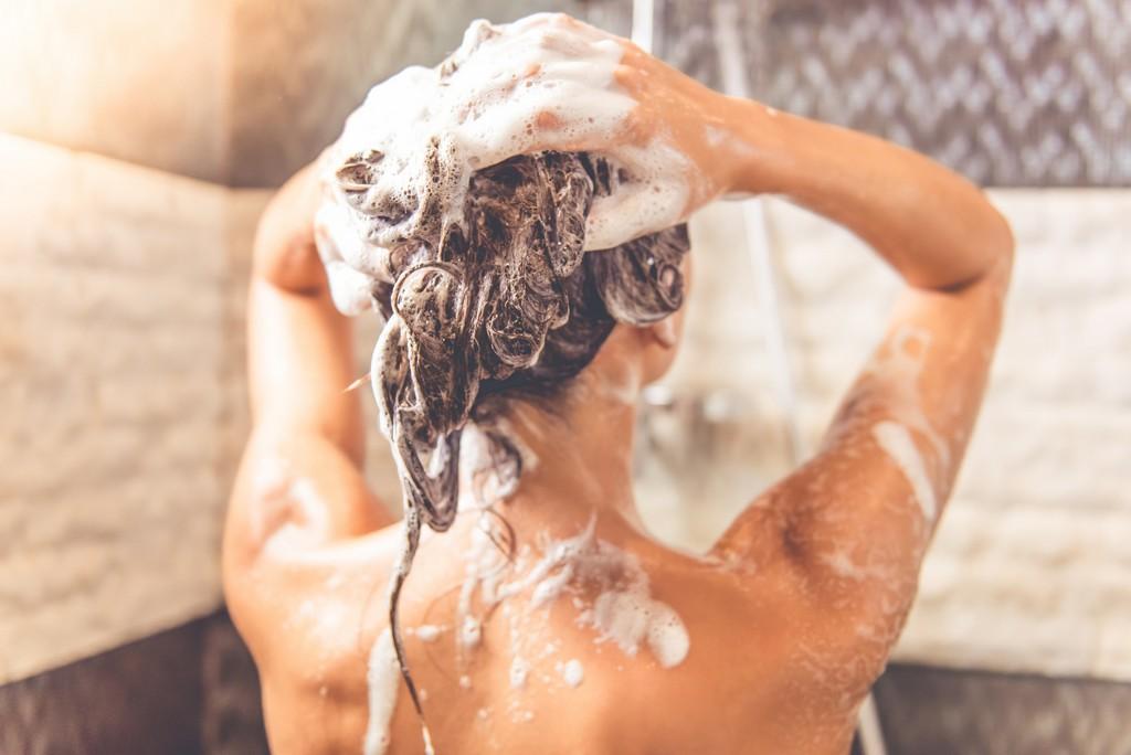 shampoo sem sulfato - Shampoo sem sulfato: Lista de shampoos, benefícios e qual escolher