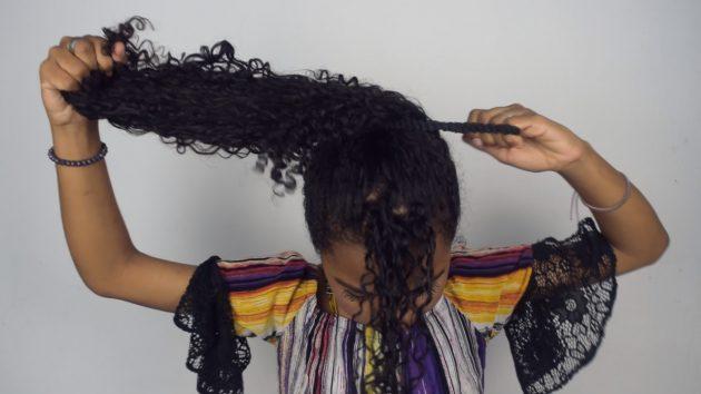 Penteados simples para cabelos cacheados passo a passo