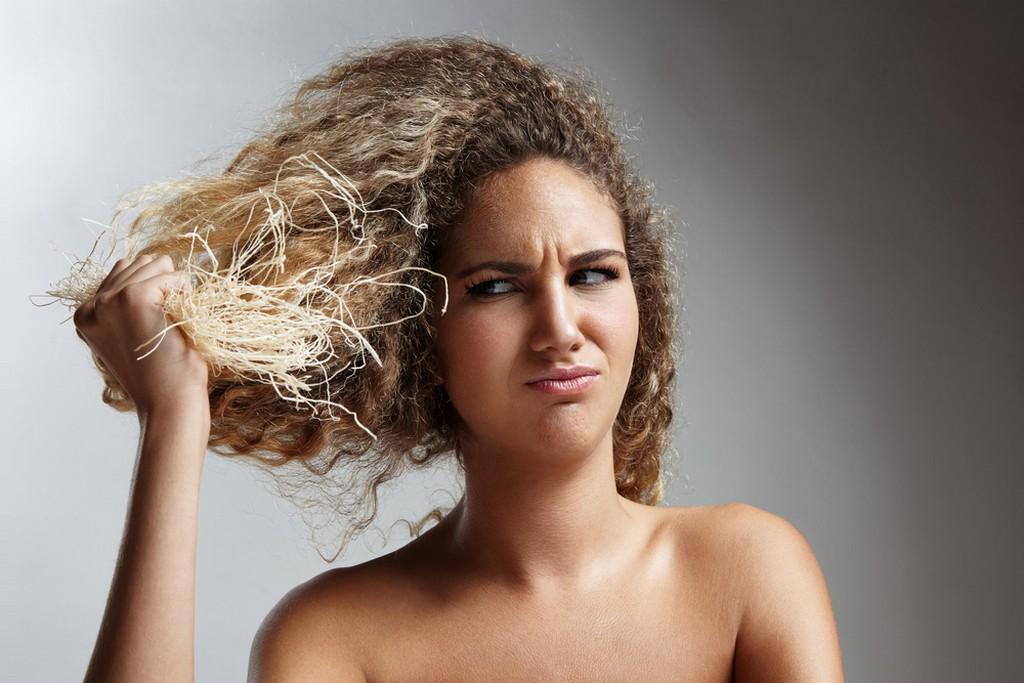 cabelo quebrado2 - Cabelo quebrado: Causas, tratamentos, produtos e dicas poderosas