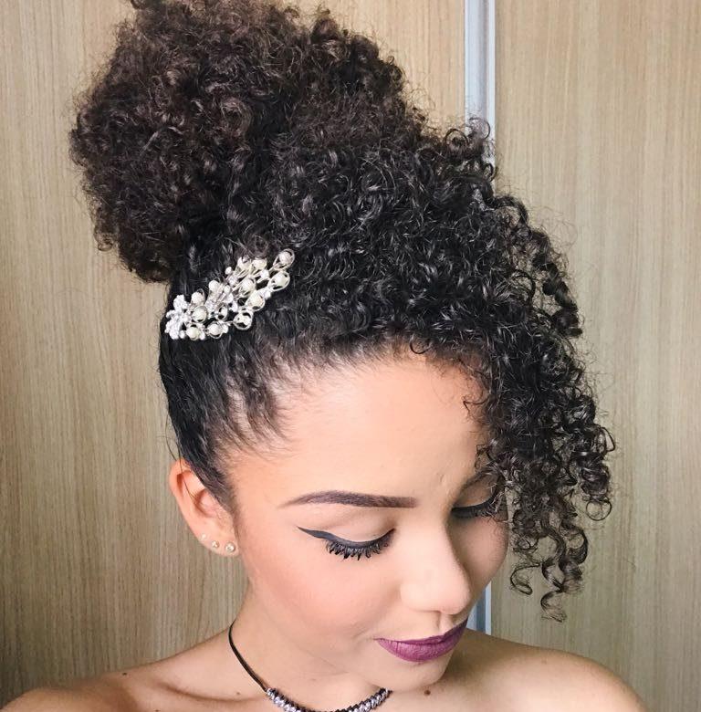 como prender cabelo curto 11 e1550592515728 - Como prender cabelo curto: formas de prender os fios curtinhos e dicas de penteado