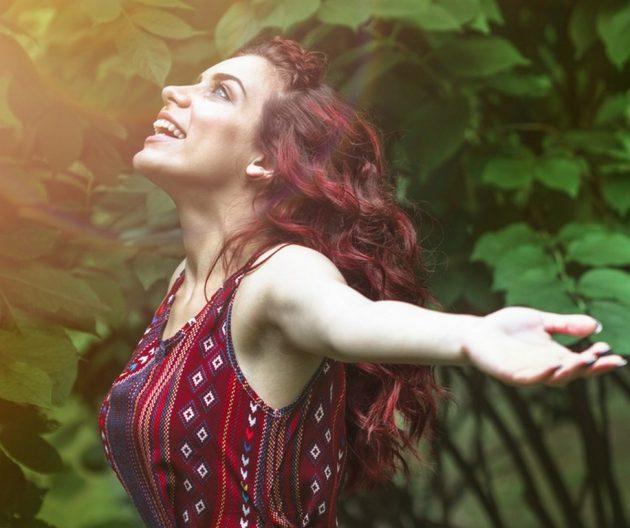 cor de cabelo marsala 4 630x528 - Mechas vermelhas: tudo sobre a mais nova tendência dos cabelos