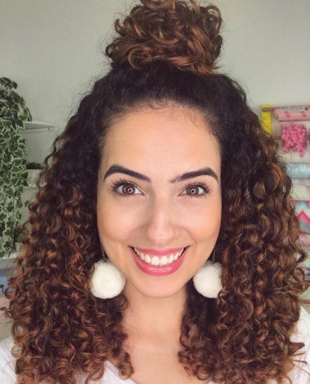 Penteados cabelos médios presos: Coques, tranças, rabo de cavalo e muito mais!