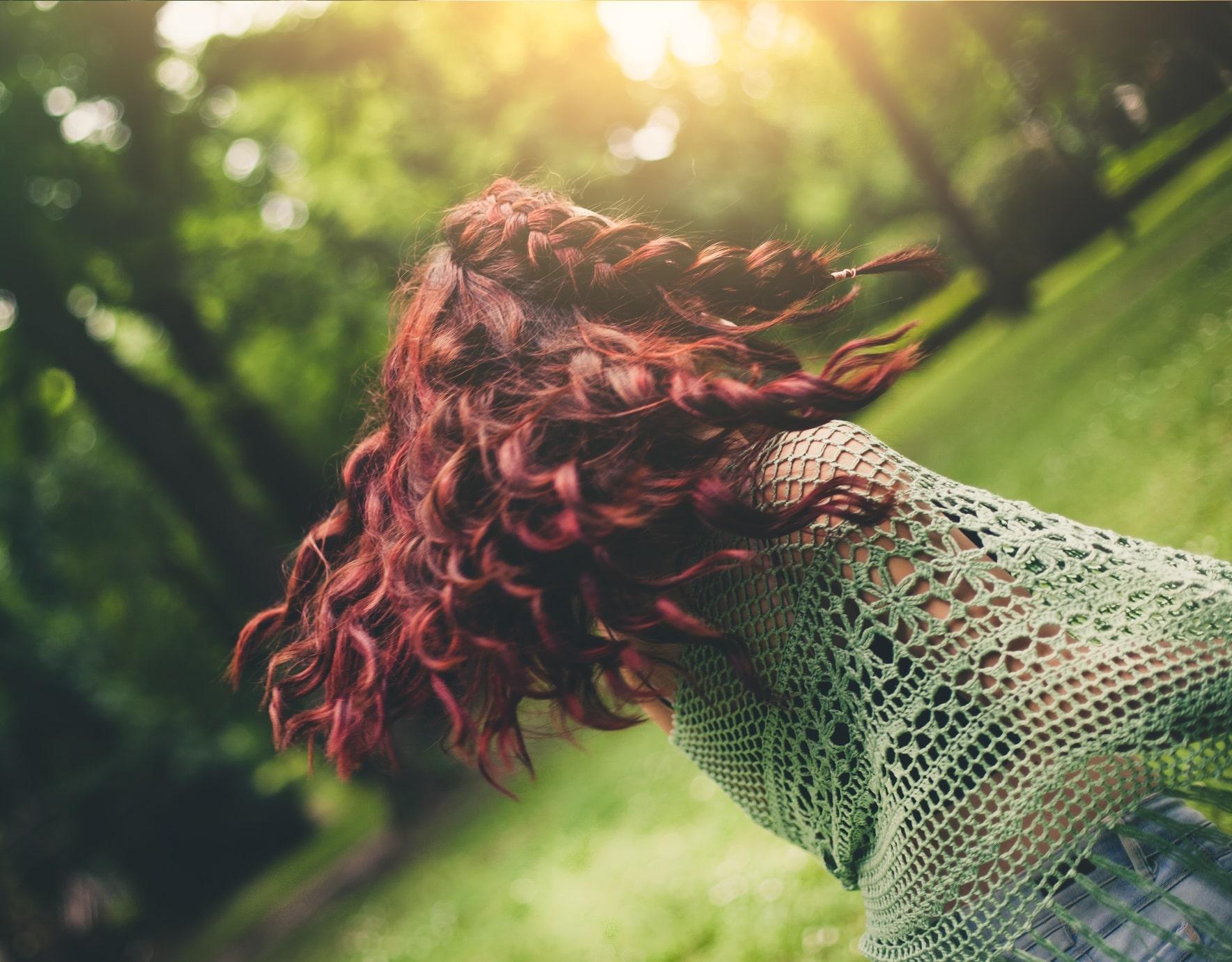 vermelhoborgonha4 - Mechas vermelhas: tudo sobre a mais nova tendência dos cabelos
