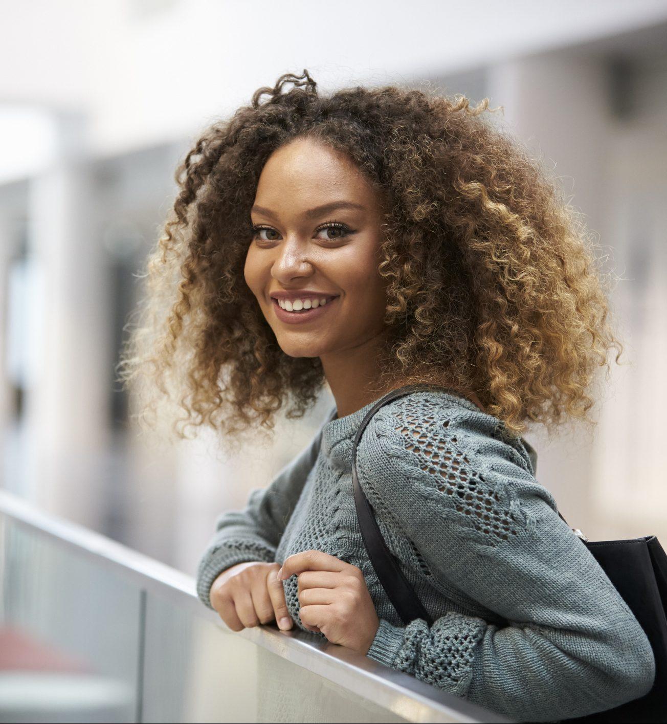 cabelo loiro e1555948005128 - Dúvidas sobre cabelos coloridos? Respondemos à todas elas para você!