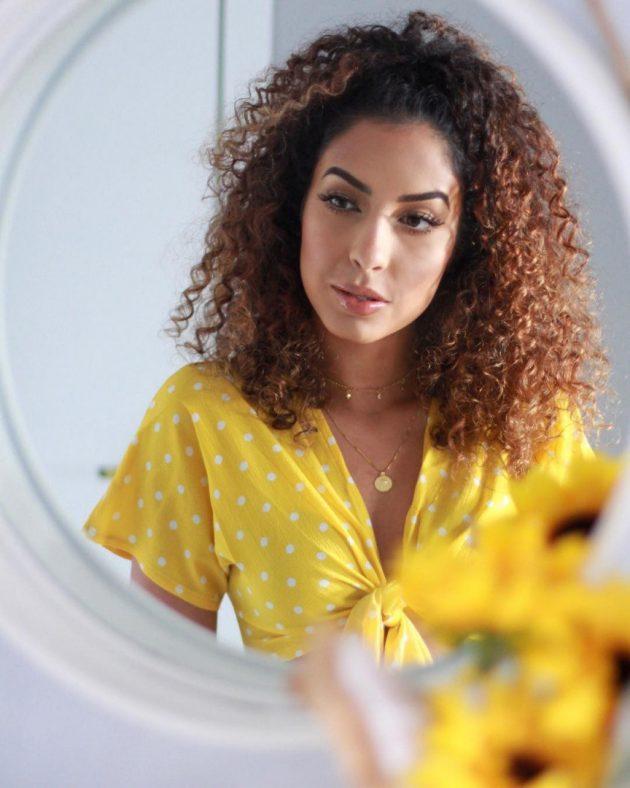 Hidronutrição para cabelos cacheados e crespos: o tratamento indispensável para molinhas saudáveis