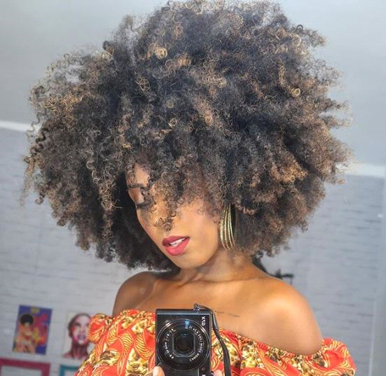FOTO 3 - Cabelos afro: um caso de amor