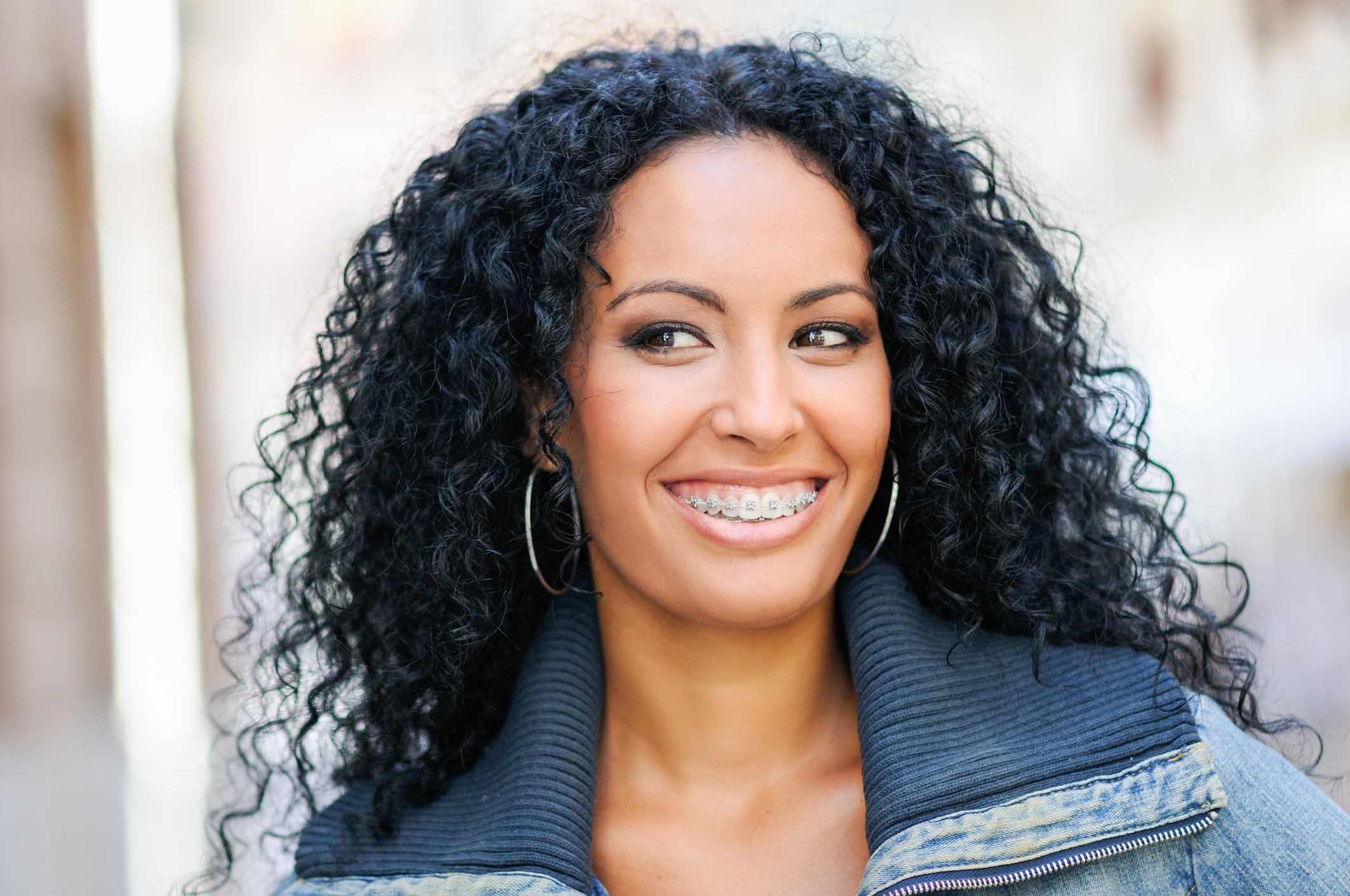 Como matizar o cabelo preto e evitar o desbotamento?