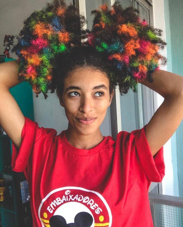 penteados para cabelos afros 630x782 - Dúvidas sobre cabelos coloridos? Respondemos à todas elas para você!