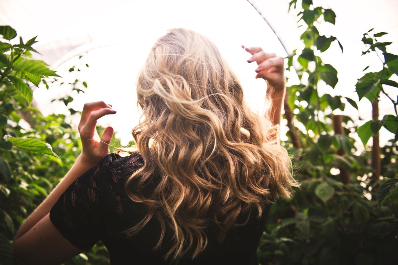 b6689e42 24b8 49c0 9c9f 3a37203d017e - Dicas para conquistar o cabelo ondulado longo dos sonhos