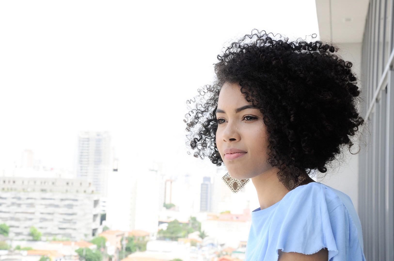 cortes de cabelo feminino 2020 1 - Cortes de cabelo feminino 2020: tendências para cacheados e crespos