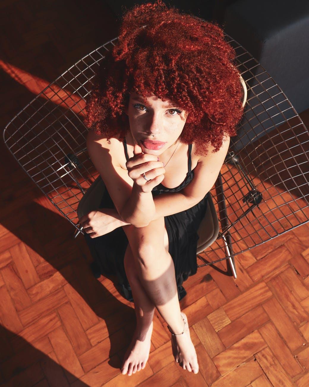 cabelo cacheado ruivo 19 - Quais os segredos para um cabelo cacheado ruivo sem defeitos?