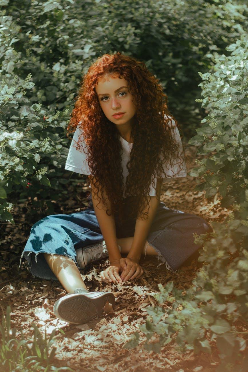cabelo cacheado vermelho - 5 modelos de cabelo cacheado vermelho para inspirar