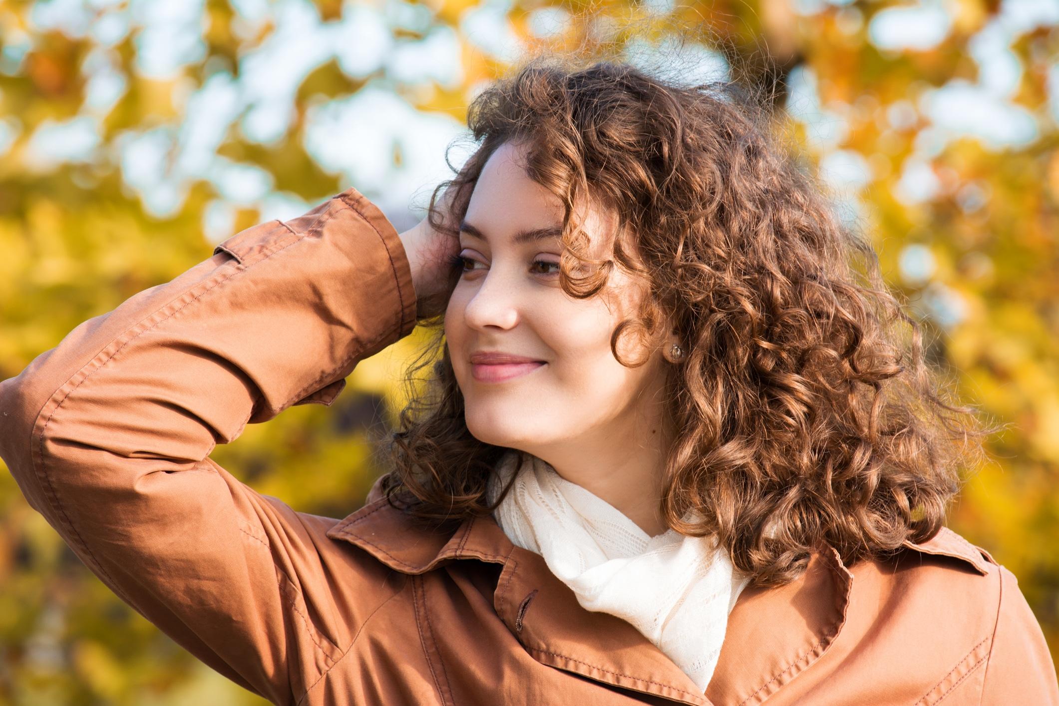 iStock 536849842 - Cabelo loiro escuro: 30 fotos, dicas de coloração, cuidados e manutenção