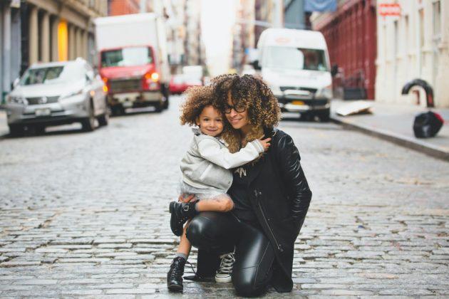 Cabelo crespo infantil 630x420 - Como cuidar do cabelo crespo infantil? Saiba quais tratamentos são indispensáveis