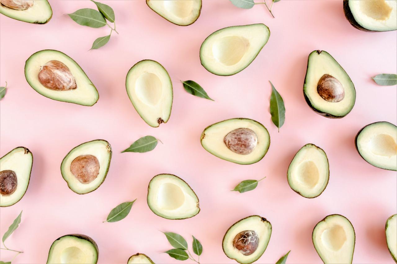 Tratamentos capilar com abacate